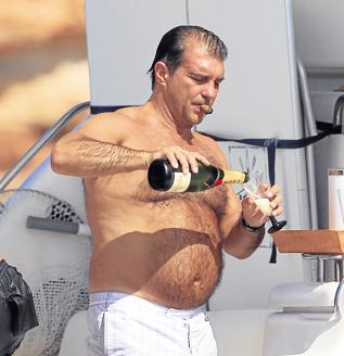 [Imagen: laporta-gordo-champan.jpg]