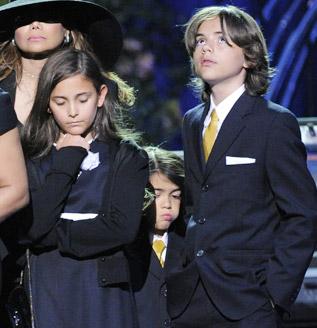 http://canales.diariovasco.com/ocio/_images/317x328/michael-jackson-hijos.jpg