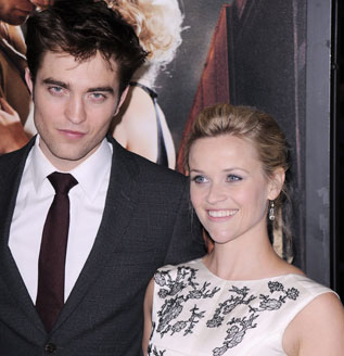Robert Pattinson y Reese Witherspoon